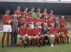 Champions of Europe: Matt Busby, Bobby Charlton and George Best can be seen after their heroic European Cup win over Benfica in 1968 Man Utd Squad, Man Utd Fc, Official Manchester United Website, Manchester United Football, Squad Photos, Team Photos, Retro Football, Football Pics, School Football