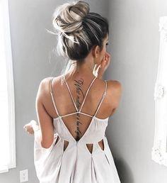 Tatuaj pe spate