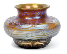 "** Franz Hofstötter, 1900 Paris World's Fair, Lötz Witwe, Klostermühle, Iridescent glass vase. Decor: ""Phänomen Gre 358"""