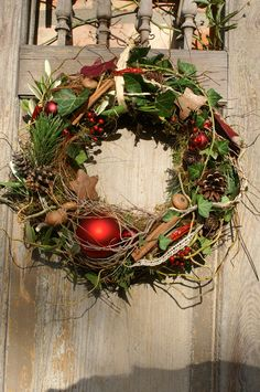 "Wreaths - wreath door wreath ""Christmas red"" - a designer piece by kleineGartenw . - Wreaths – wreath door wreath ""Christmas red"" – a unique product by kleineGartenwerkstatt on DaW - Country Christmas Decorations, Rustic Christmas, Xmas Decorations, Christmas Art, Simple Christmas, Winter Christmas, Christmas Wreaths, Advent Wreaths, Christmas Tables"