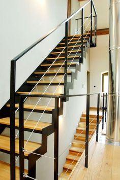 photo d107 esca 39 droit escalier design d 39 int rieur en m tal et bois pour une maison d. Black Bedroom Furniture Sets. Home Design Ideas