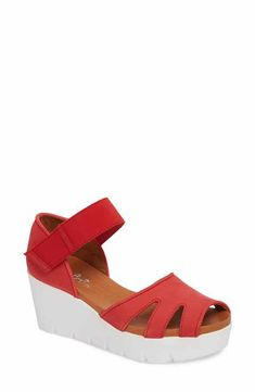 Bos. & Co. Sharon Platform Wedge Sandal (Women)