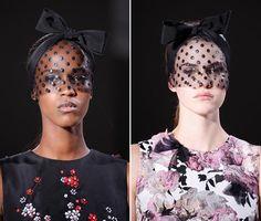 Spring 2015 Couture Accessories: Giambattista Valli Couture Spring 2015 Headwear  #headwear