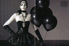 Vogue Goth Balloons !