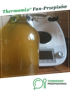 IMBIRÓWKA -NALEWKA- rozgrzewa, leczy zapobiega przeziębieniom jest to przepis stworzony przez użytkownika Qwaki. Ten przepis na Thermomix<sup>®</sup> znajdziesz w kategorii Napoje na www.przepisownia.pl, społeczności Thermomix<sup>®</sup>. Cleaning Supplies, Food And Drink, Dishes, Drinks, Diet, Thermomix, Drinking, Beverages, Cleaning Agent