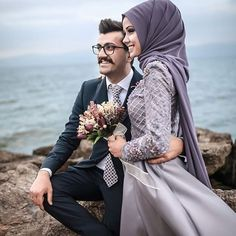 Accumulate beautiful memories with love, let us witness your most special moments 👰ð . Accumulate good memories with love, let us witness your most special moments 👰🏻💜🤵🏻 Hijabi Wedding, Muslim Wedding Dresses, Muslim Brides, Cute Muslim Couples, Cute Couples, Couple Posing, Couple Shoot, Wedding Couples, Wedding Bride