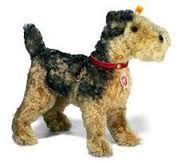 Resultado de imagen para airedale terrier puppet