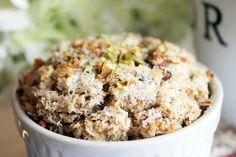 Skinny Weighs: Coconut Pistachio Quinoa Breakfast Bake