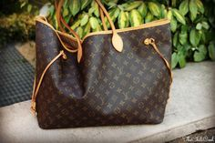 Louis Vuitton Handbag, lv handbags cheap outlet https://www.youtube.com/watch?v=6RJBibQk1oA