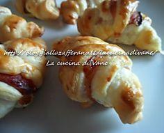 Mini cornetti salati ricetta finger food Appetizer Recipes, Appetizers, Catering Food, Catering Ideas, Antipasto, Mini Foods, Food Lists, Entrees, Brunch