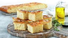 Focaccia Pavlova, Nachos, Naan, Cornbread, Feta, Camembert Cheese, Food And Drink, Dairy, Baking