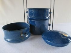 Hey, I found this really awesome Etsy listing at https://www.etsy.com/listing/271230533/food-carrier-blue-granite-ware-vintage