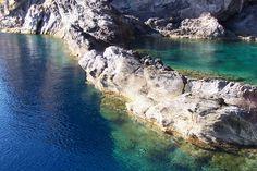 Natural pool in Italy , Piscina di Venere - Vulcano