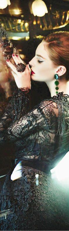 Millionaire Lifestyle, Luxury Lifestyle, Julien Fournié, Excuse Moi, Enchanted Evening, Black Tie Affair, Little Doll, Thats The Way, Fashion Moda