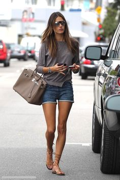 Simple look by Alessandra Ambrosio Cool Outfits, Summer Outfits, Casual Outfits, Grunge Outfits, Beautiful Outfits, Alessandra Ambrosio Style, Looks Style, Style Me, Look Fashion
