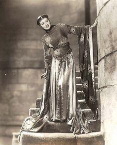 Olivia de Havilland in Robin Hood, 1938
