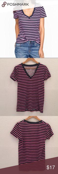 J. Crew Vintage cotton V-neck tee in bold stripe Item 80407 J. Crew Tops Tees - Short Sleeve