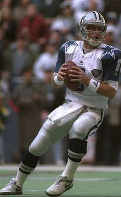 Troy Aikman Nfl Playoffs, Nfl Football Teams, Football And Basketball, Dallas Cowboys Players, Troy Aikman, Football Conference, Nfl Season, Sports Figures, Athlete