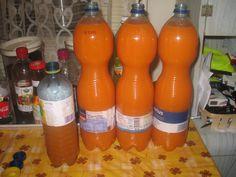 Csináltam házi Kubu italt :) 1,5 kg sárgarépából, 3 nagy Idared almából, 2 db citromból és 40 dkg cukorból készült ... ezt annyi vízben puhára főztem,ami épp ellepte aztán botmixerrel pépesítettem....és felöntöttem annyi vízzel,hogy se sűrű,se híg ne legyen :) 5 liter lett belőle :) Nagyon fincsi !!!!! :)  https://www.facebook.com/photo.php?fbid=617650784931674=o.259583124098769=1=nf