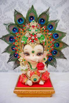 Krishna Hindu, Shri Ganesh, Ganesha Art, Hindu Deities, Hare Krishna, Durga, Ganesha Pictures, Ganesh Images, Radha Krishna Pictures