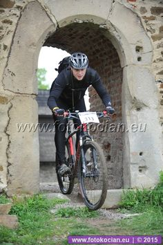 Šela 2015 - výjezd z hradu | Cyklistický portál a zimní sporty | fotokocian.eu