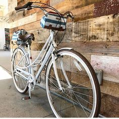 Where will your bike and Po Campo bag take you next? Love this shot of the Po Campo Kinga Handlebar Bag in Sky Stripes with matching IUptown Trunk! Buy yours at cyclestyle.com.au search 'Po Campo' RG @jaxbicycleshb #cyclestyle #bikeshop	#bikebag #bikelife #bikelove #bikefun#cyclinglife #bike #bikes #bicycle #bicycles#lovemybike #bikingplaces #selfpower#womenbike #womenwhobike#cyclelikeagirl #ridelikeagirl #rideyourbike#pocampo