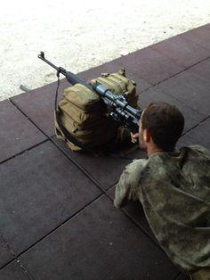 Fusil Tigre Ruso .308Win semiautomatico. Precision de 1/2 MOA con munición escogida para el.