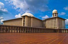 Jakarta-Endonezya İstiklal Camisi