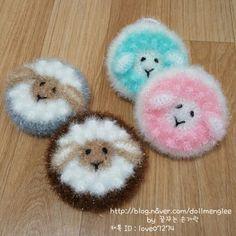 이웃님들 양 도안을 메일로 발송해 드리려고 했으나 도안판매와 함께 메일 전송을 하게되면 제가 정신이 없... Crochet Scrubbies, Bazaar Ideas, Washing Clothes, Doilies, Bubbles, Kitty, Knitting, Crafts, Tutorials
