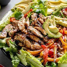 Chicken fajitas salad
