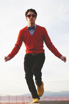 Darren Criss is the only man who can pull off yellow shoes, pink shades, and a freakin' bow tie.