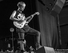 http://soundcheck411.com/wp-content/gallery/one-ok-rock-4/One-Ok-Rock-20.jpg