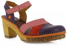 chaussures à talons en bois et en cuir violet Art Company