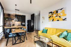 Mała kuchnia z salonem. Projekt Deer Design. Kitchenette, Kitchen Interior, Kitchen Design, Halle, Travel Gallery Wall, Home Salon, Living Room Kitchen, Small Apartments, Sweet Home