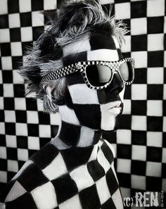 Round Sunglasses, Sunglasses Women, Black Magic Woman, Light And Shadow, Textile Patterns, Black And White Photography, Blue Grey, Silhouette, Style