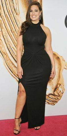 9 Plus-Size Style Lessons to Learn from Ashley Graham Vestidos Plus Size, Plus Size Dresses, Sexy Dresses, Plus Size Outfits, Ivory Dresses, Long Dresses, Curvy Girl Fashion, Plus Size Fashion, Womens Fashion