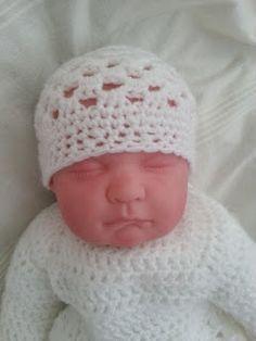 #Free #Crochet Newborn Bauble Hat Pattern
