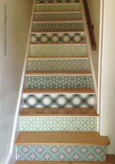 patterned stair risers using wall decals instead of wallpaper