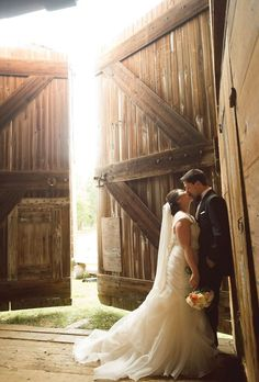 Wedding Photography - Delightfully classy and charming and sweet photo snaps. rustic wedding photography poses plan id 6972491237 created on 20190519 Wedding Poses, Wedding Portraits, Wedding Bride, Wedding Ideas, Bride Groom, Wedding Dresses, Wedding Planning, Wedding Details, Wedding Ceremony