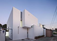 #architecture : 172M2 House by JMY Architects maintains privacy