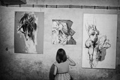 Picture, people, exhibition, paintings  //  bwstock.photography/people.html