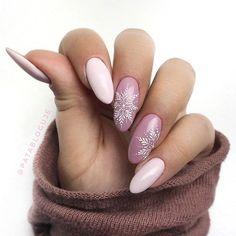 trendy gel nails designs inspirations page 27 Chistmas Nails, Christmas Nails 2019, Holiday Nails, Stylish Nails, Trendy Nails, Cute Nails, Nail Technician Courses, Nyc Nails, Gel Nail Designs