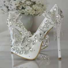 Converse Wedding Shoes, Wedge Wedding Shoes, Wedding Pumps, Bride Shoes, Sandals Wedding, Wedding Rings, Fancy Shoes, Me Too Shoes, Designer Wedding Shoes