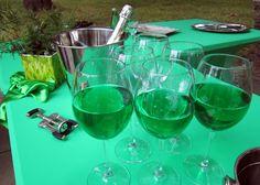 Чаши под наем, маса за блок и бюфет, еластанов калъф