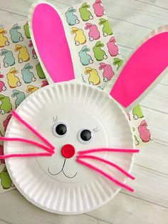 Cute Bunny Paper Plate Craft for Kids- Fun Easter Kids Craft! Cute Bunny Paper Plate Craft for Kids- Paper plate crafts are an inexpensive and fun way to keep kids busy! This spring, have your kids do this cute bunny paper plate craft! Easter Arts And Crafts, Paper Plate Crafts For Kids, Daycare Crafts, Bunny Crafts, Paper Crafts For Kids, Easy Crafts For Kids, Toddler Crafts, Preschool Crafts, Craft Kids