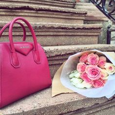 In a race with time these days. Early morning errands for a week of to-do's before I let myself be a lazy preggo  #givenchy #roses #pink #red #goodmorning #mondays by liz.adams_