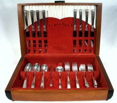 ANTIQUE FOREVER COMMUNITY SILVER PLATE FLATWARE 41 PC SET MAHOGANY BOX SVC OF 8  #COMMUNITYPLATEFOREVER