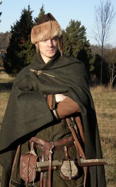 Explore the Vikings Norse Mythology collection - the favourite images chosen by on DeviantArt. Costume Viking, Viking Garb, Viking Reenactment, Viking Men, Viking Life, Medieval Costume, Historical Costume, Historical Clothing, Larp
