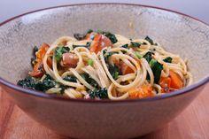 Linguine en pompoen recept met palmkool en parmezaanse kaas