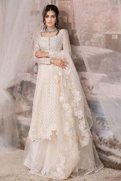 Pakistani Dresses Party, Beautiful Pakistani Dresses, Desi Wedding Dresses, Pakistani Wedding Outfits, Bollywood Dress, Pakistani Bridal Dresses, Pakistani Dress Design, Pakistani White Dress, Indian Fashion Dresses